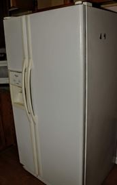 NEWER SIDE BY SIDE REFRIGERATOR