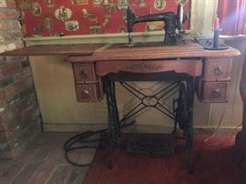 Antique Minnesota Model B Treadle Sewing Machine