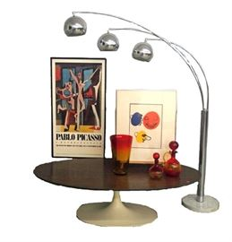Knoll Coffee Table, Mid-Mod Lamp, Picasso Poster, Blenko Glass