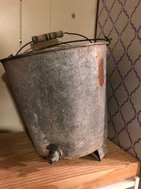 Vintage spigot bucket