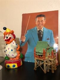 'One and a two' Lawrence Welk photo and vintage fish tank hut