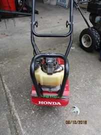 Honda roto tiller