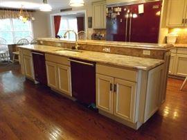 Granite Island, Starmark cabinets