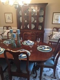 VINTAGE AMERICAN DREW DINING ROOM MADE IN NC