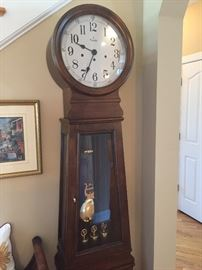 BEAUTIFUL BULOVA GRANDFATHER CLOCK