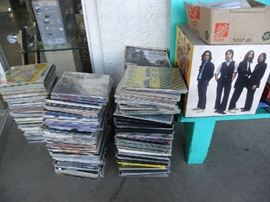 1000's of Record Albums