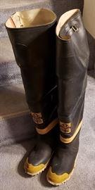 Servus Hip Style Fire Boots size 9