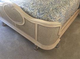 Pulsaki bed footboard - details
