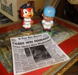 Cardinals and Cubs bobble heads