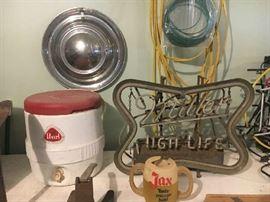 Beer items, hubcap