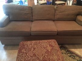 Nice Thomasville Sofa