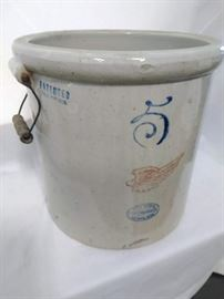 Red Wing Union Stoneware Co, 5 Gallon Crock  https://ctbids.com/#!/description/share/47074