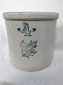 Western Stoneware Co 4 Gallon Crock https://ctbids.com/#!/description/share/47083