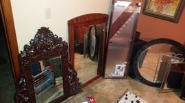 Mirrors. Mizuno golf club display case
