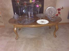 Oak coffee table, glassware