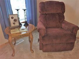 Oak end table, recliner