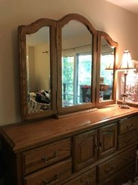 Solid Oak Dresser w/Mirror
