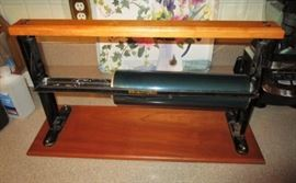 Antique paper roll dispenser