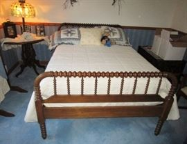 Jenny Lind bed