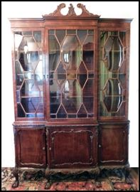 Beautiful Antique Solid Mahogany Handcarved Clawfooted China Cabinet.