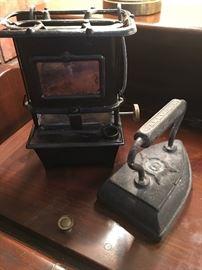 Landemann & Hoverson Portable Oil Lamp