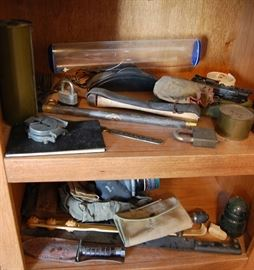 Military collectibles, Knives