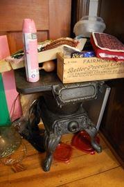 Rare Antique cast iron salesman sample stove