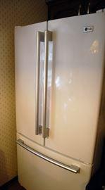 Nice LG French door refrigerator, like new