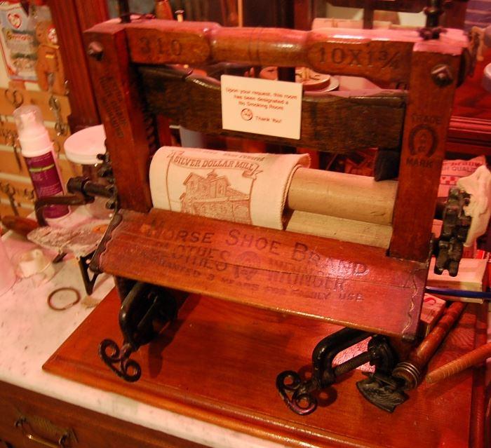 Antique clothes wringer, unusual