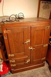 Nice Antique oak ice box