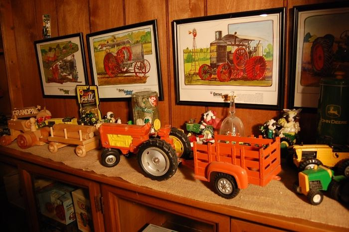 Large collection farm toys