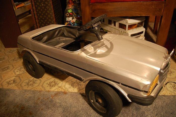Mercedes pedal car, rare