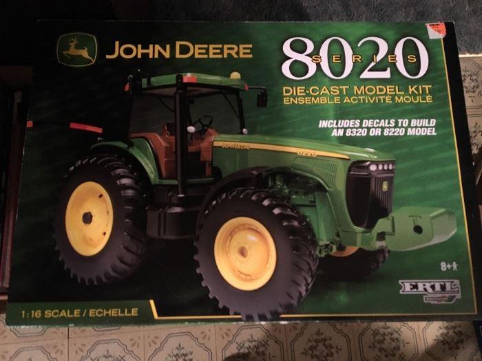 John Deere 8020 Ertl model