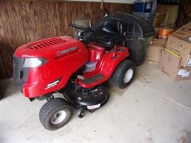 Troy-Bilt Lawn Tractor, with bagger