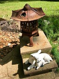 Lantern Pagoda, Deer Statue