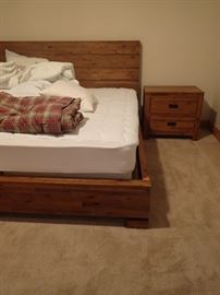 THIS IS A GREAT BEDROOM SET KING BED & MATTRESS  / END TABLES / DRESSER