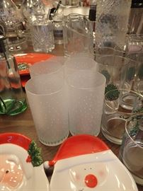 ASSORTED GLASSES / CHRISTMAS DISHES