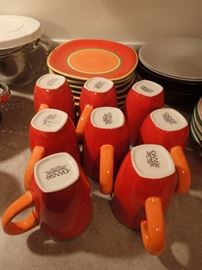 DANSK / SET DISHES / MICROWAVE - DISHWASHER SAFE
