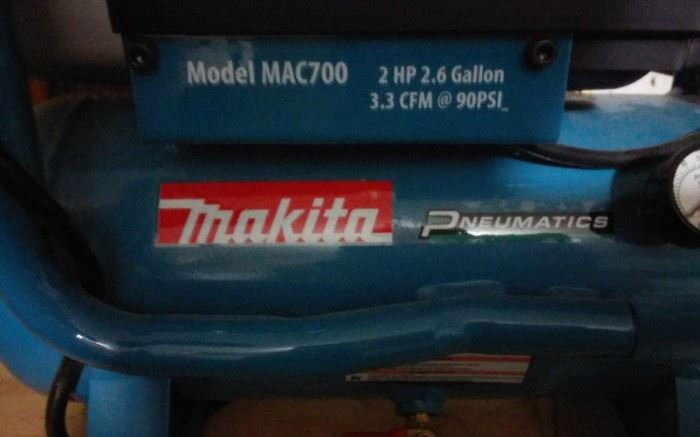 MAKITA PNEUMATICS MAC700