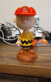 CHARLIE BROWN BOBBLE HEAD