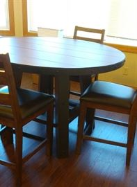 GREAT ROUND COUNTER HEIGHT TABLE AND 4 CHAIRS