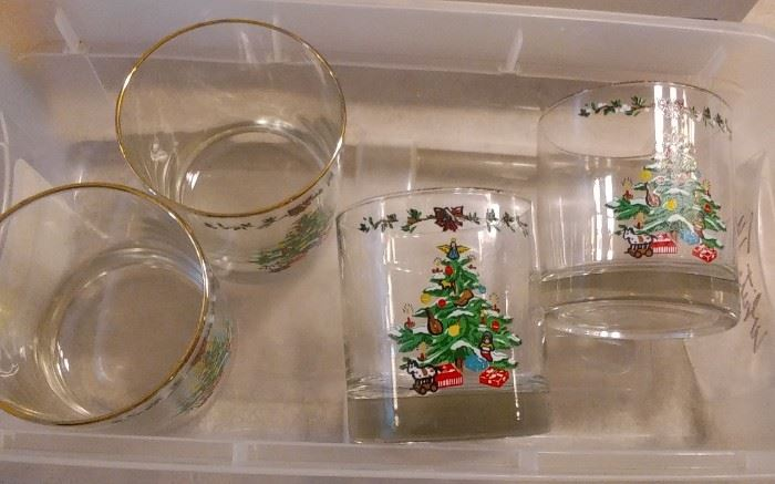 CHRISTMAS GLASSES
