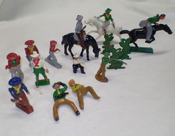 METAL TOY COWBOYS AND COWGIRLS