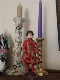 ASSORTED CANDLE HOLDERS / BRITISH FIGURES