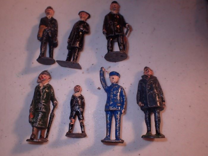 CAST IRON PEOPLE MADE IN ENGLAND