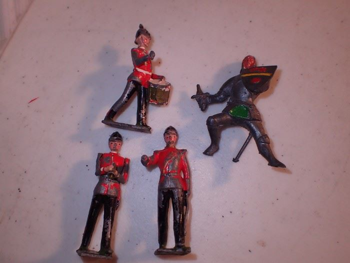 CAST IRON BRITISH FIGURES MADE IN ENGLAND