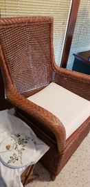 Set of 4 very nice Wicker Chairs with matching Ottomans