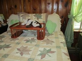 BED, BEDDING AND BED TRAY