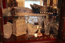 Decorative Pieces and Serving Pieces