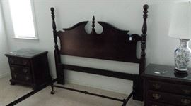 Kincaid headboard (double) with matching bedside tables.   Set of 2 porcelain table lamps.
